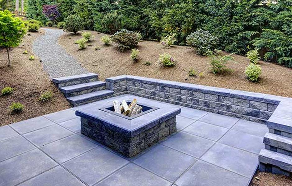 Backyard concrete paving patio